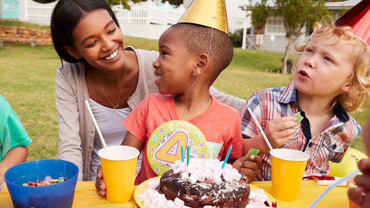 Make Your Child's Party a Hit on a Budget